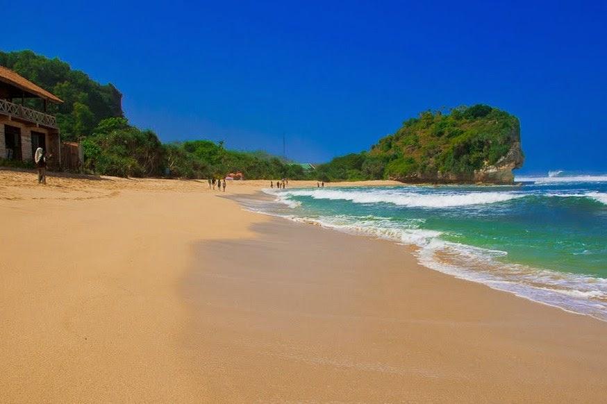Pantai Indrayanti di Desa/Kecamatan Tepus, Kabupaten Gunungkidul, DIY
