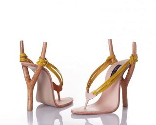 Zapatos con base al estilo de las resorteras