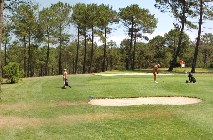 In Germany, golfers playing golf naked is called