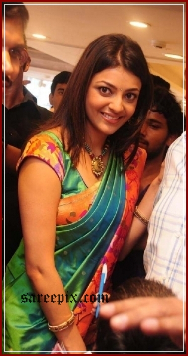 kajal agarwal in saree at kalaniketan launch