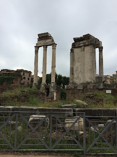Vestiges Temples de Vesta ; Castor et Pollux - Forum - Rome