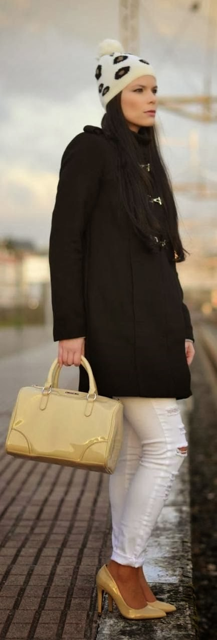 Black Coat, Hansa Yellow Bag, White Jeans And Hansa Heel