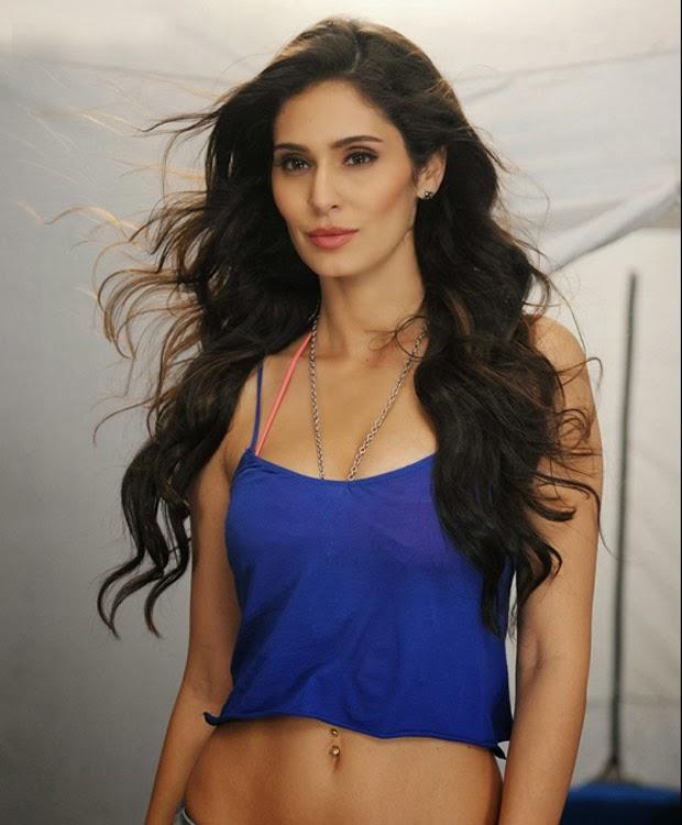 bruna abdullah hot pics celebrity photos celebrity