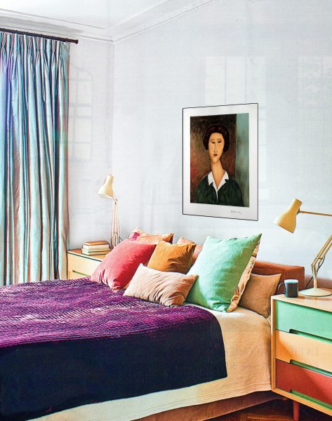 d co tableau personnaliser son int rieur amedeo modigliani portrait de jeune femme au col. Black Bedroom Furniture Sets. Home Design Ideas
