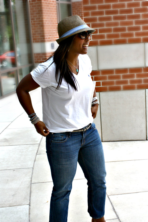 hat1 - Cropped Jeans and White Polo Tees