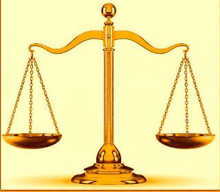 Atención oficina de abogados por esta epoca.