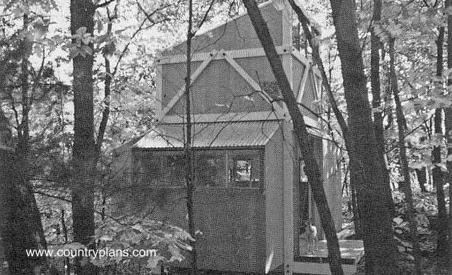 Perspectiva de cabaña de metal y madera sujeta con bulones