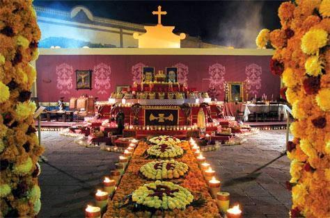 El Significado de un Altar de Muertos