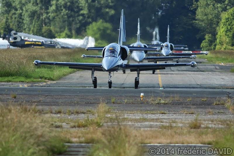 avions patrouille voltige Breitling Jet Team aérodrome Melun Villaroche