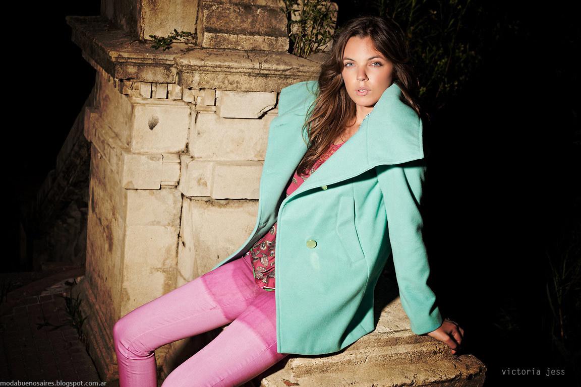 Tapados de colores invierno 2015 Victoria Jess otoño invierno 2015. Moda otoño invierno 2015.