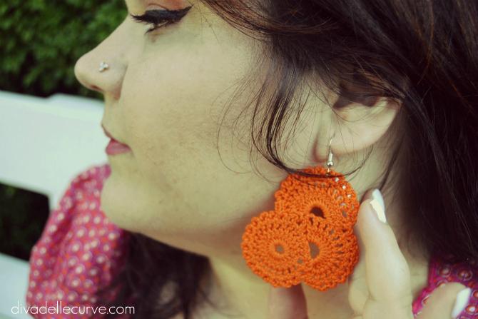 dettaglio orecchini handmade crochet
