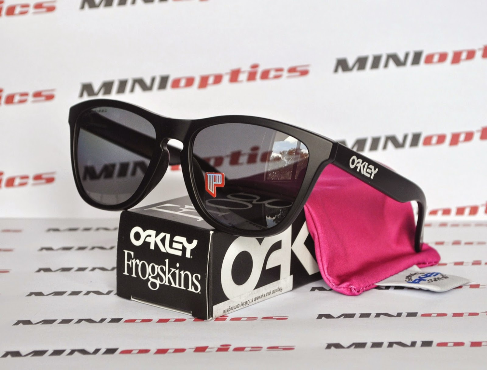 oakley frogskins lx polarized asian fit