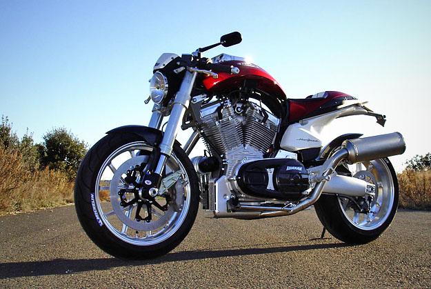 Moto roadster naked Aprilia SHIVER 750 - moto scooter