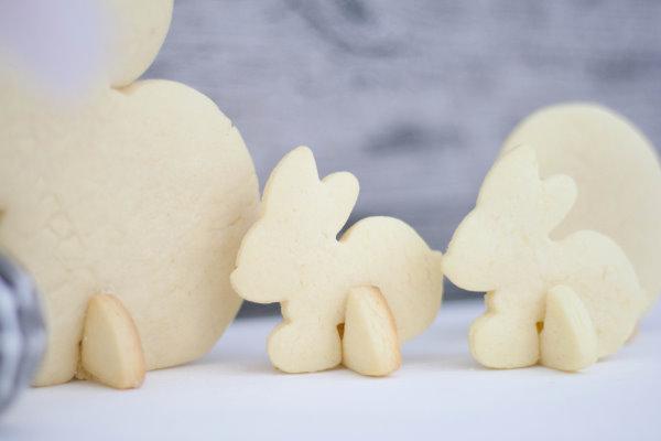 selbstgemachte Kekse als Deko für Ostern