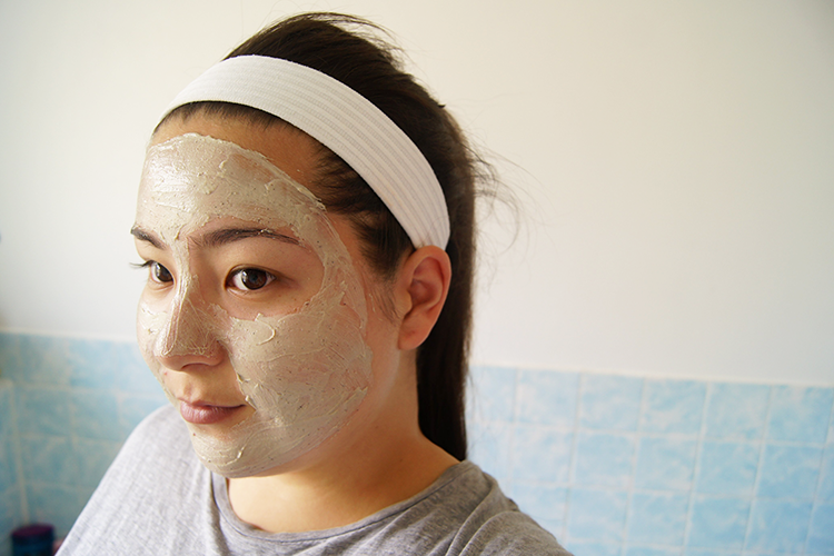 clear-skin-exfoliating-mask-mud