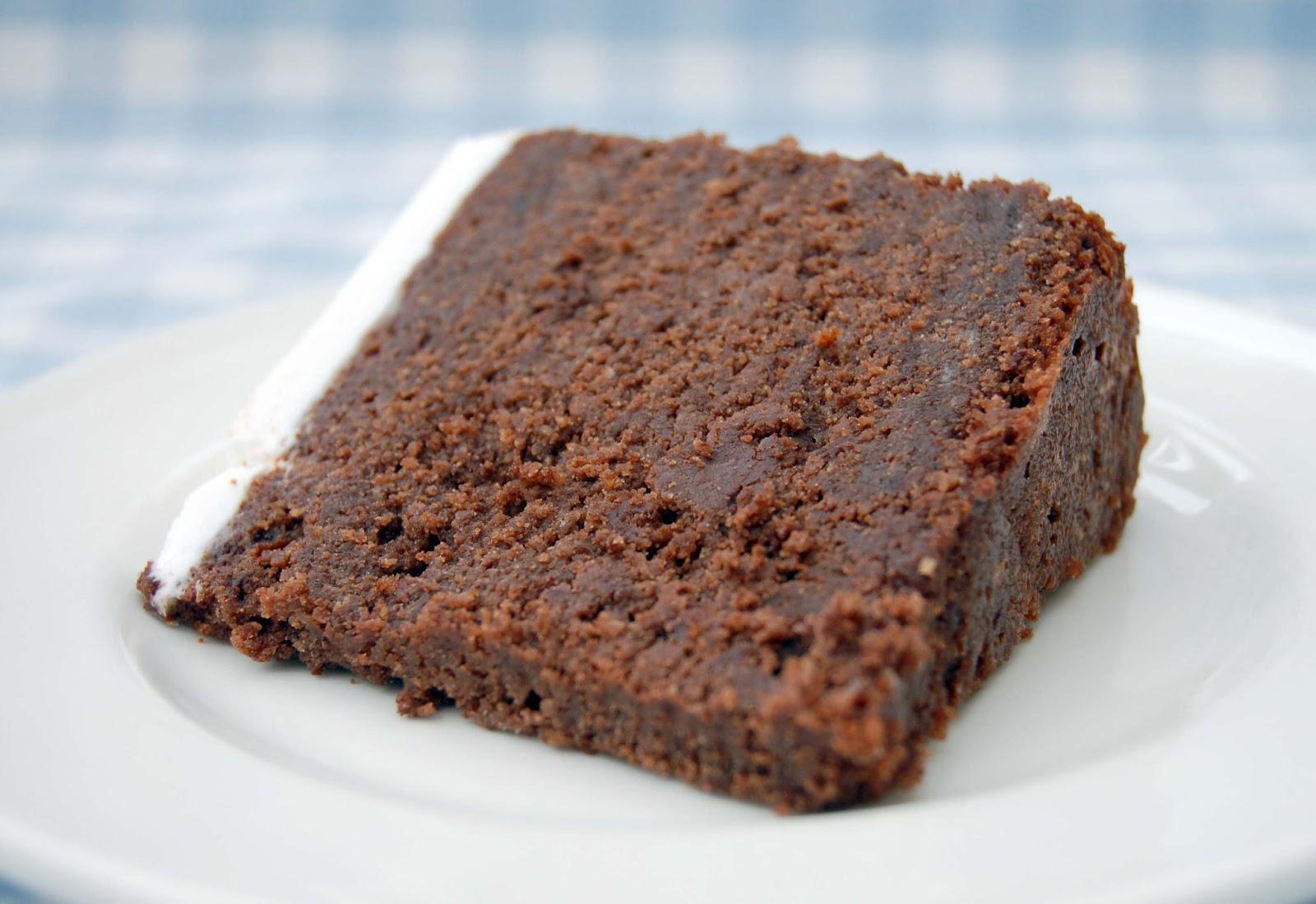 Nice Chocolate Cake Images : Intense Chocolate Wedding Cake Lisa s Nice Buns