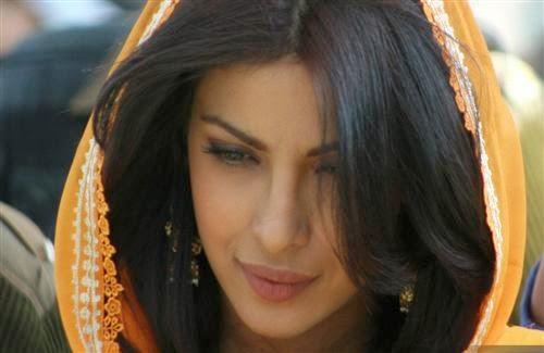 Bollywood Actress Priyanka Chopra Wallpaper Hd Wallpapers
