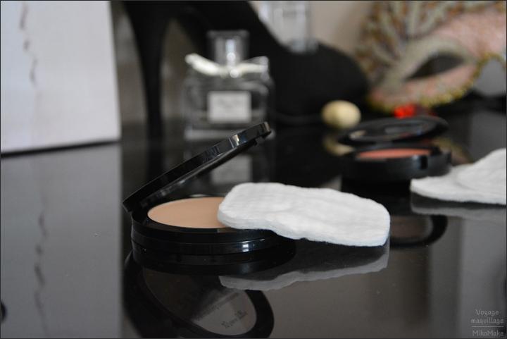 Comment protéger son maquillage dans les transports : voyage, déménagement