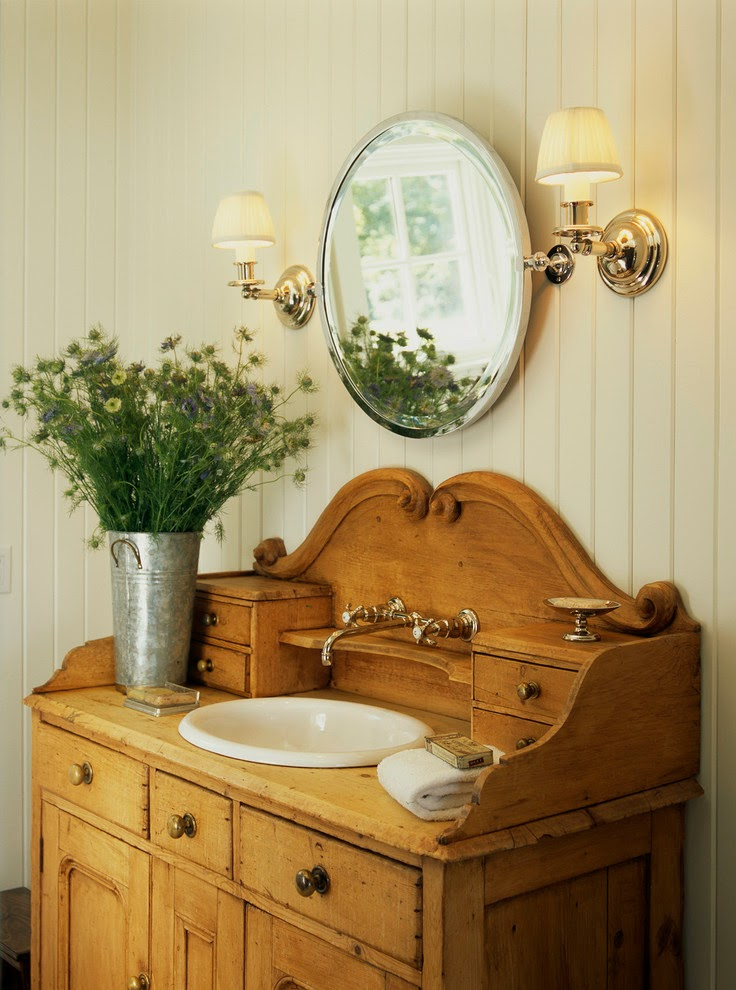 RUSTIC CHARM: COUNTRY STYLE BATHROOM