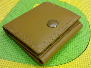 Coach Leather Clutch Wallet(SOLD)