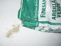 polvere di argilla