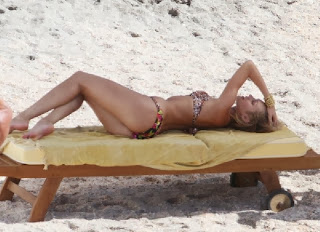 English: Candice Swanepoel Bikini St. Barts