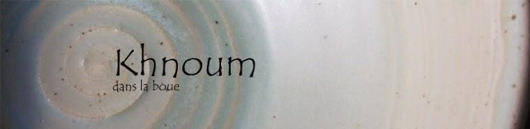Khnoum dans la boue