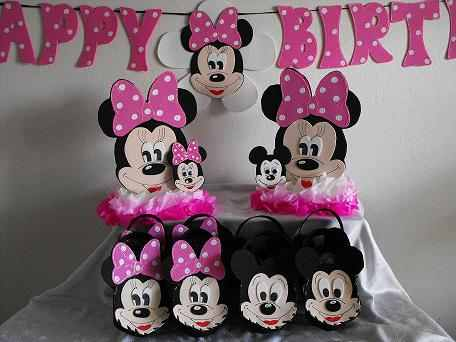 Minnie Mouse Centerpiece And Goo Bags