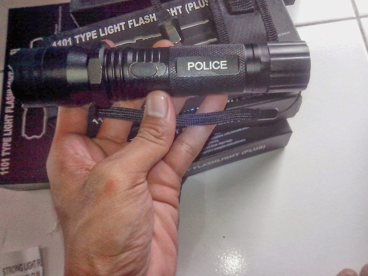 Senter Polisi SWAT 98000w