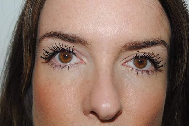 rimmel+lash+accelerator+endless+mascara+review+3+coats