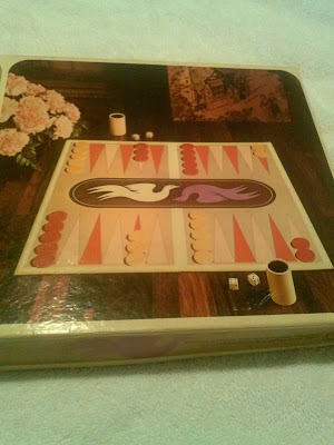 VintageBackgammon by Selchow and Righter 1975. Front cover.