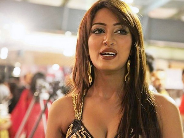 Mathira mohammed nude congratulate, seems