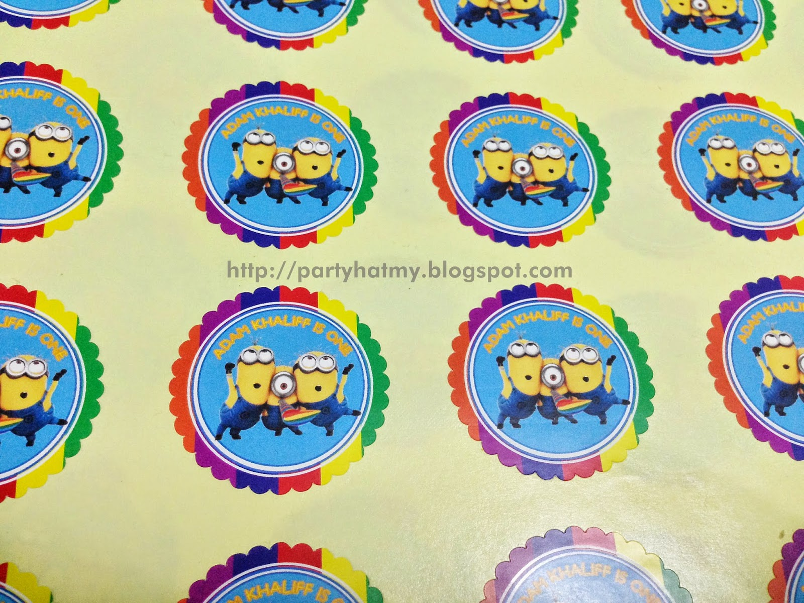 Party hat minions 1st birthday party for adam for Baby full moon party decoration