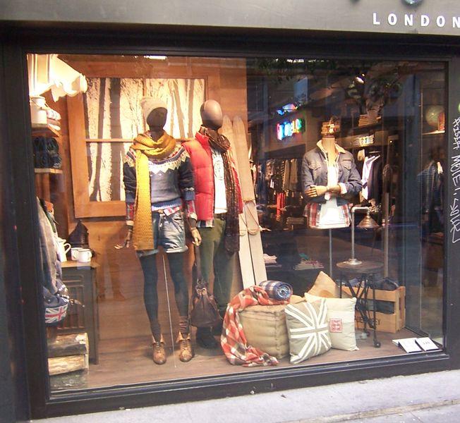 De tiendas tienda pepe jeans de fuencarral puro industrial virlova style - Tiendas online decoracion vintage ...