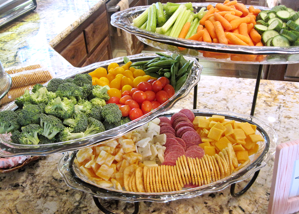 Some fresh vegetables, and some cheese and crackers, yum!!