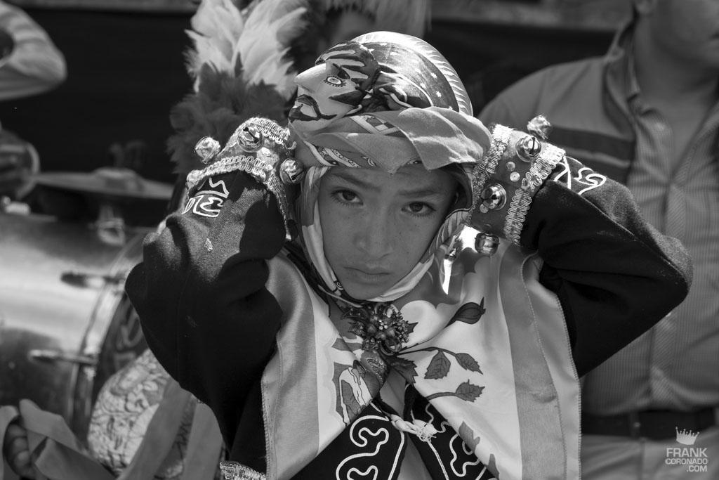 Niño caporal en fiesta tradicional de San Pedro Ixtlahuaca Oaxaca