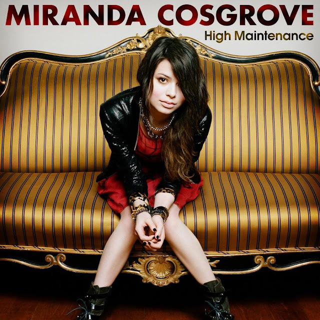 Singer Miranda Cosgrove