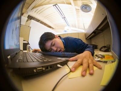 Tips cara meraih sukses di kantor bagi pencari lowongan kerja