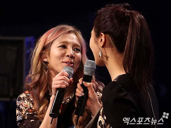 SNSD 2013 MNET COUNTDOWN HYOYEON-YURI MC