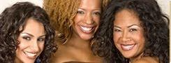 personal femenino sonriente y motivado.jpg
