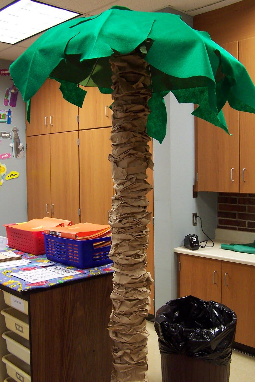 Сделать пальму из картона