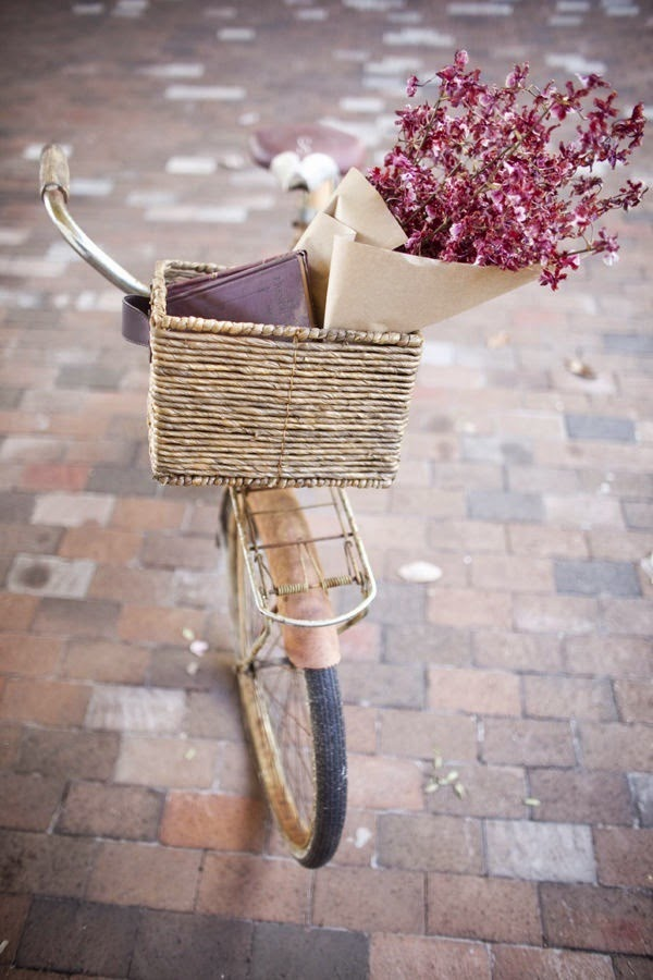 inspiration, bycicle, flowers, ring, bow rong, bow, jewels, jewel, jewelry, love, bijoux, chic, pink, lovely, lovely things, shabby, shabby chic, fashion, moda, style, lifestyle, stile, girly