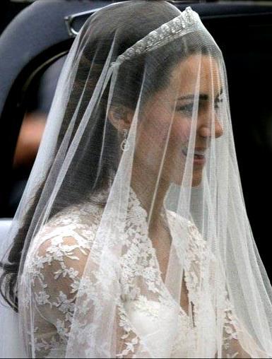 Velo cerca de Kate Middleton, ahora esposa de el Príncipe Guillermo