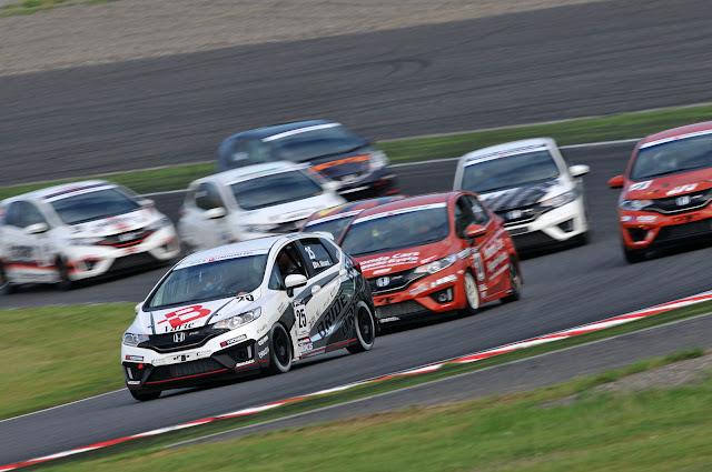 Honda Fit, usportowione miejskie auta, samochody używane do sportu, JDM