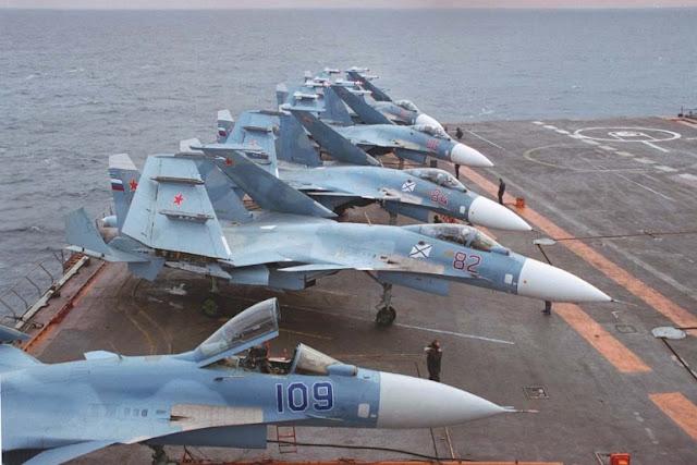 La nueva Guerra Fría... - Página 10 Su-33%2BFlanker%2BD