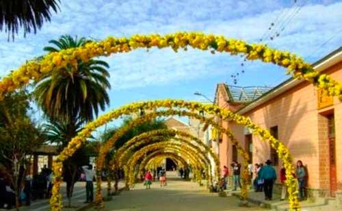 Alistan preparativos para la fiesta de la Pascua Florida en Tarija