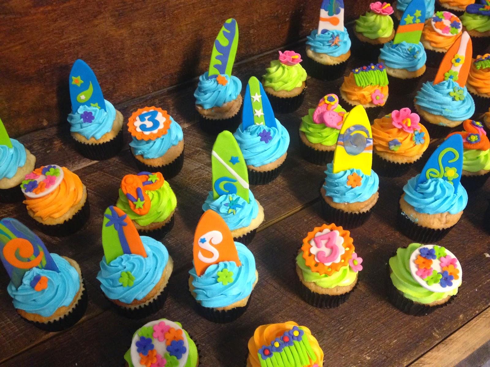 Sweet T s Cake Design Twins Hawaiian Luau Cupcakes