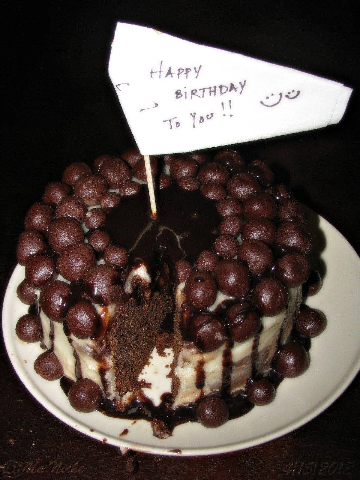 Cake Decoration With Chocolate Syrup : Ma Niche : Eggless Chocolate Cake for Mr MN s birthday