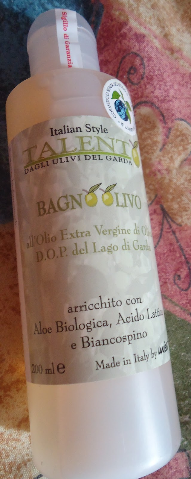 Bagno olivo il bagno doccia all 39 olio extra vergine di oliva d o p del lago di garda - Etichetta bagno donne ...