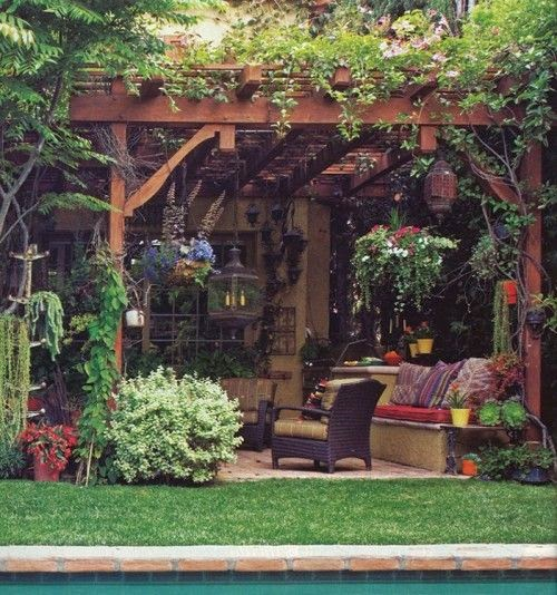 Great patio ideas side and backyard idea patio design for Cool outdoor patio ideas